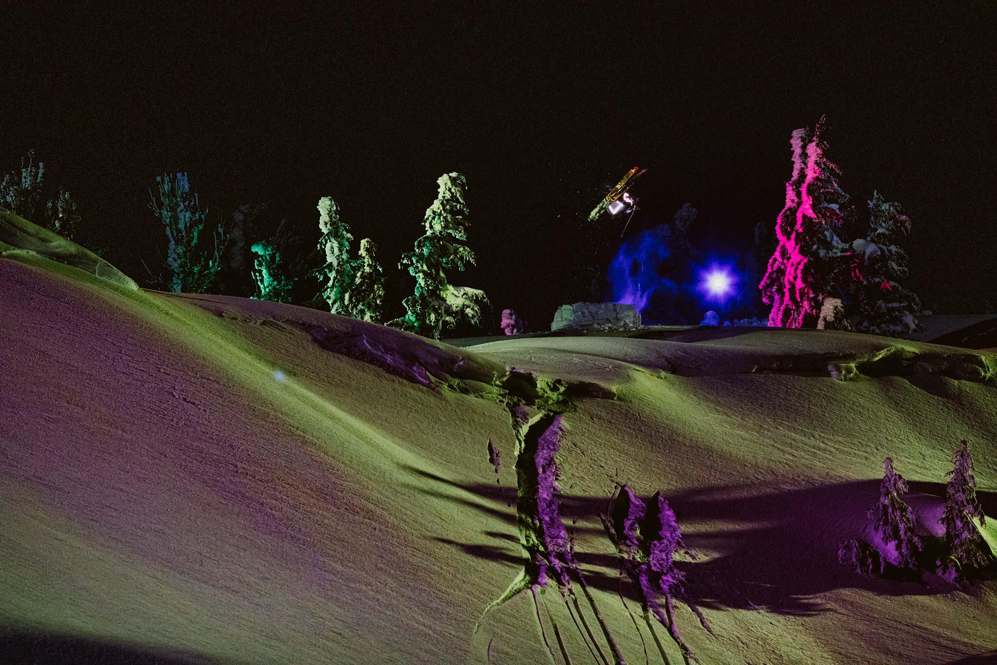 """Bei der Produktion von """"Fire on the Mountain"""" profitierte Chris Benchetler von seiner Erfahrung bei der Produktion von """"Afterglow"""" von Sweetgrass Production im Jahr 2014 in Alyeska (Alaska) - Foto: Aaron Blatt"""