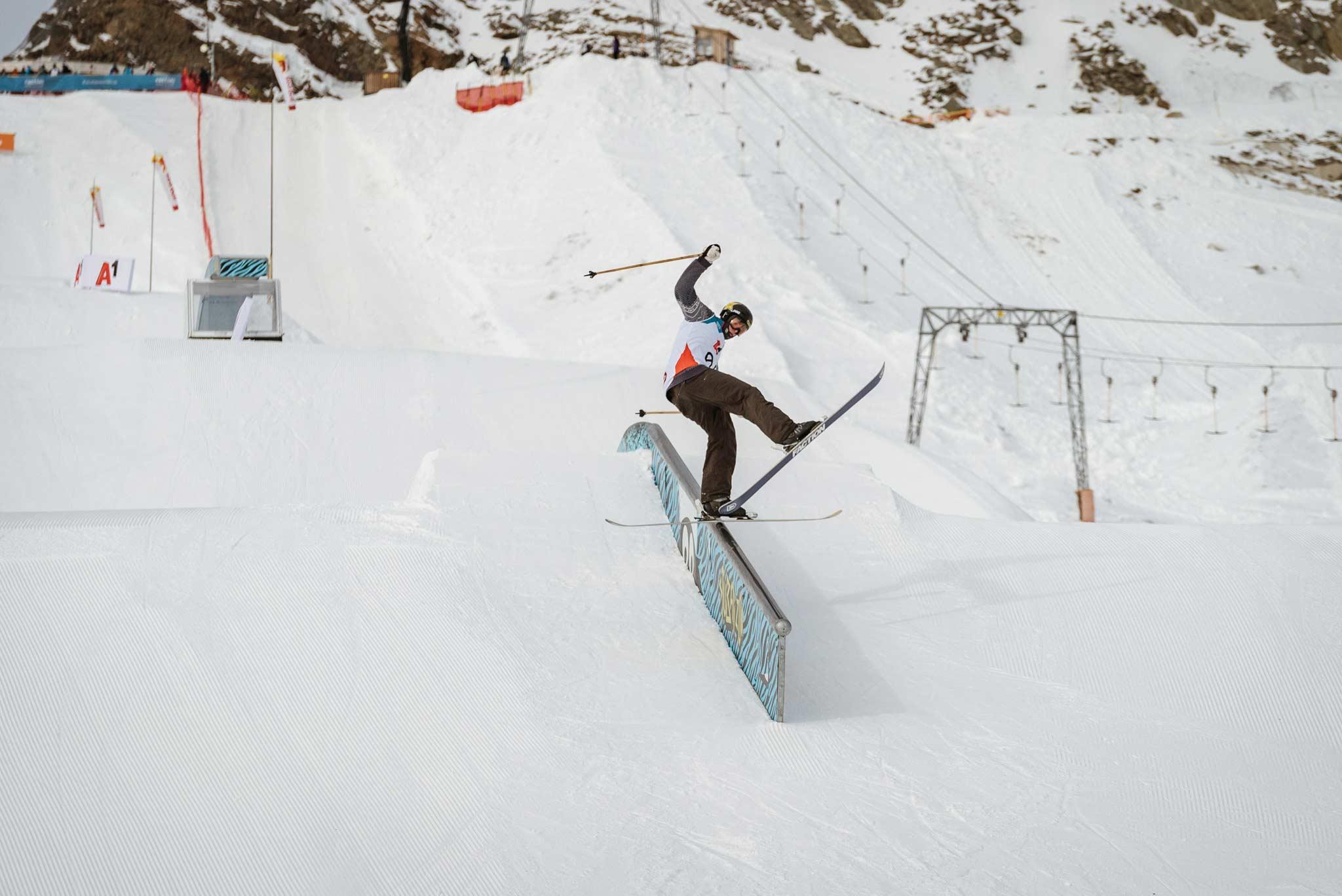 Wir freuen uns schon auf einen spannende Wettkampf beim FIS Freeski World Cup Stubai 2020. - Rider: Alex Hall (USA)