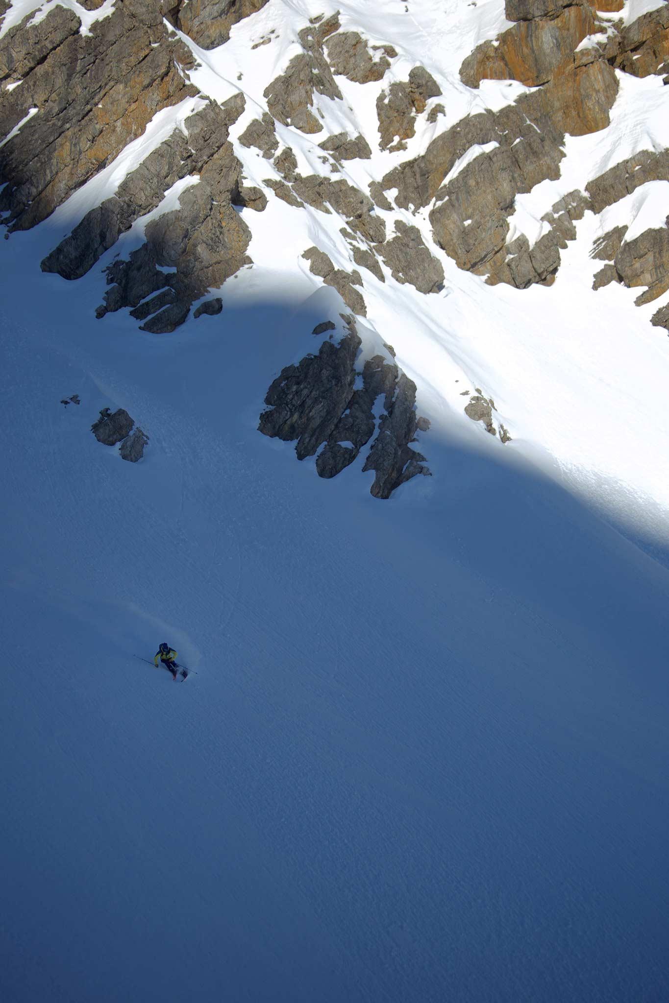 Das Thema Touring wird immer größer und Völkl bietet mit dem neuen Rise Beyond 96 2022 einen passenden Ski dafür an. - Foto: Ma.Fia.Photography