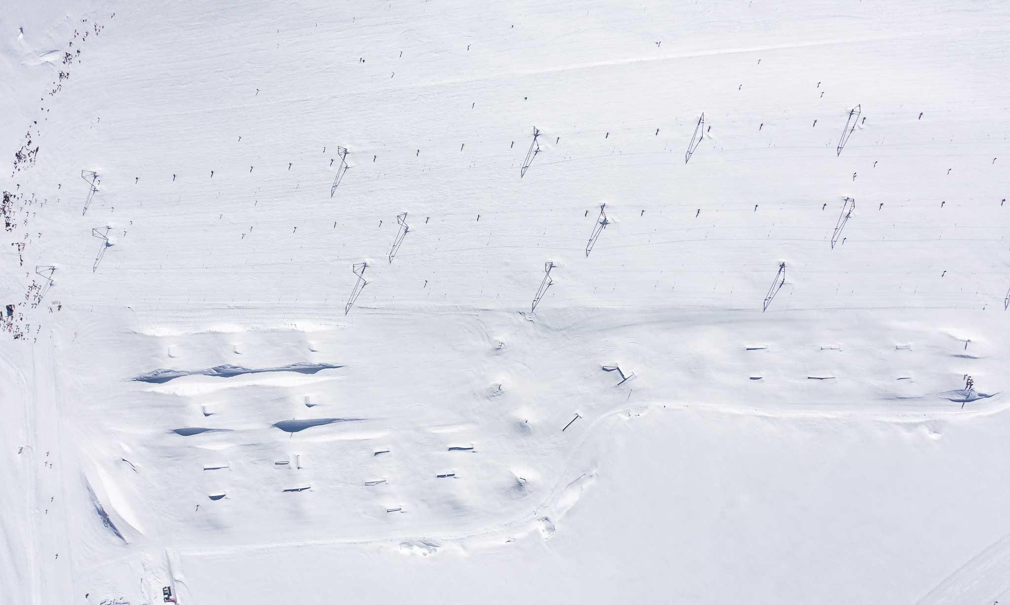 Das komplette Snowpark Zermatt Setup in der Übersicht. - Foto: Snowpark Zermatt