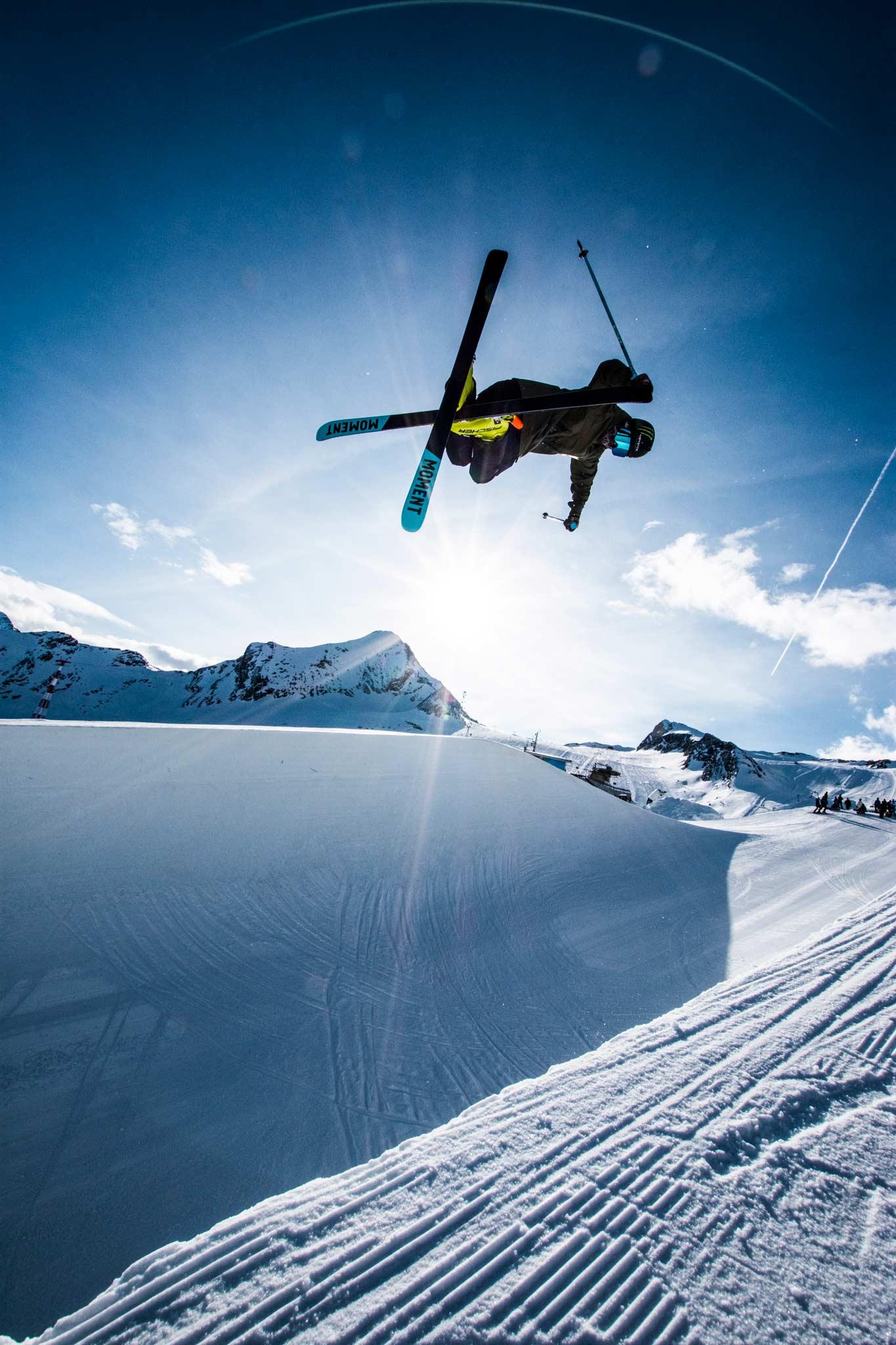 Vom 1. bis 28. Novermber 2021 finden die Superpipe Training Weeks am Kitzsteinhorn statt! - Rider: David Wise